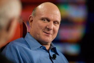atd8 steveballmer 380x254 - Steve Ballmer po rokoch reaguje na svoj výrok o neúspešnom iPhone a ukazuje Touch Bar z roku 2009