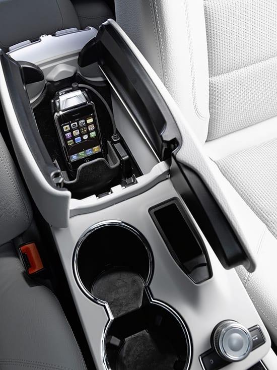 Mercedes iPhone Dock