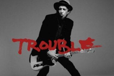 Keith Richards Trouble1 380x253 - Ďalšia exkluzivita na Apple Music - videoklip Trouble od Keitha Richardsa