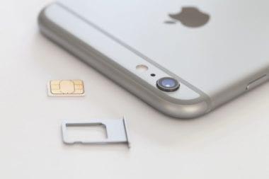 iphone6 sim 380x253 - Apple a Samsung spolupracujú na novom štandarde SIM kariet