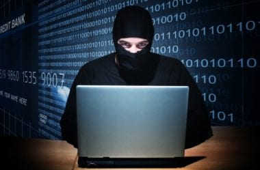 nejzn m j   hacke i sv ta za ali  to it ji  v d ts 5138a77ad0 380x249 - Hackeri boli hacknutí, sledovanie iOS zariadenia stojí v ich cenníku 50 tisíc eur