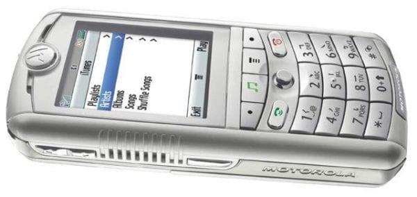 Pred 10 rokmi prvý iTunes telefón_02