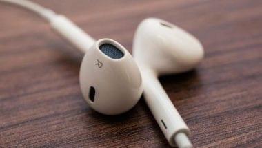 Apple EarPods 380x214 - EarPods s Lightning konektorom sa objavili na novom videu
