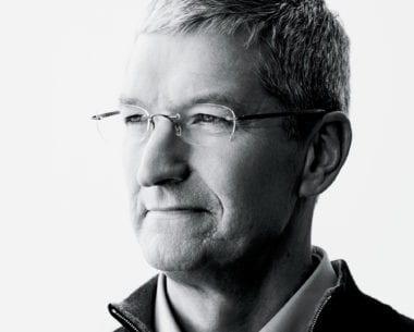 cook fortune interview 2016 380x305 - Tim Cook: Apple Campus 2 bude mať názov vzdávajúci poctu Jobsovi