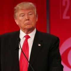 donald trump apple 240x240 - Donald Trump je ochotný dať Applu obrovské daňové úľavy, ak bude vyrábať produkty v USA