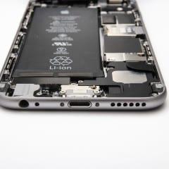 inside iphone 6 240x240 - V Číne za posledné dni zhorelo osem iPhonov 6