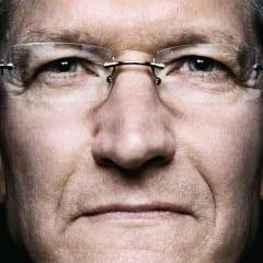 tim cook cloesup 240x240 - Génius, ktorý posunul Apple na vyššiu úroveň: Životopis Tima Cooka vychádza budúci týždeň