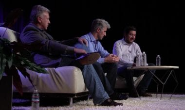 talk show gruber federighi schiller 380x227 - Phil Schiller a Craig Federighi boli hosťami  Talk Show Johna Grubera