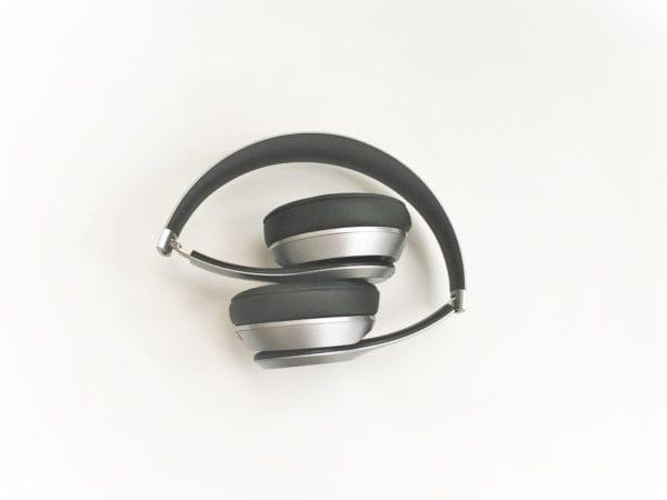 beats solo 2 wireless zlozene 600x450 - Recenzia: Beats Solo 2 Wireless