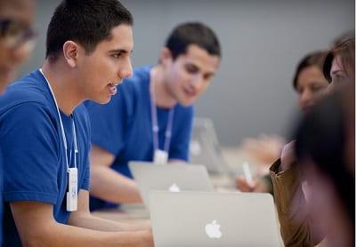 Orchard Apple employee - Apple zakázal pracovné cesty do krajín postihnutých koronavírusom