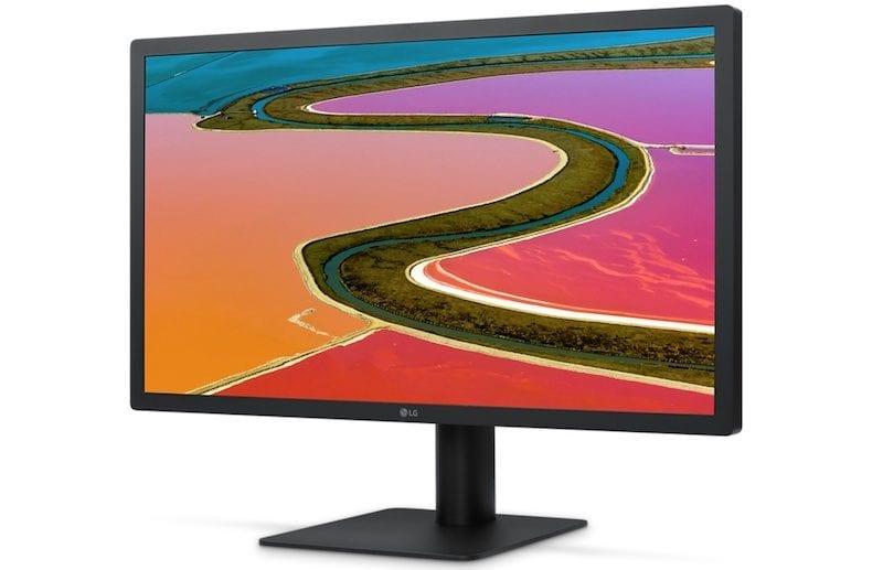 lgultrafine4k 800x517 - Apple začíná posílat nové LG 4K displeje prvním zájemcům