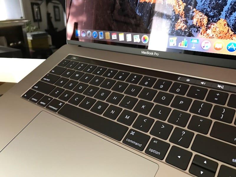 MacBook Pro macrumors 1