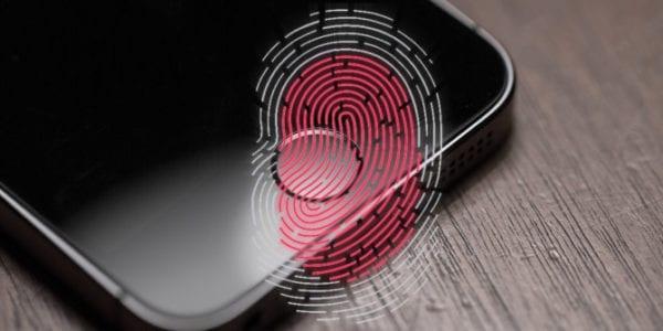 iphone fingerprint1 touch id 600x300 - Hacker prelomil bezpečnostnú enklávu iPhonu, dešifrovací kľúč zverejnil na internet
