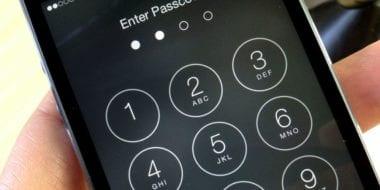 iphone passcode security 9to5mac 380x190 - Čo robiť, ak zabudnete heslo vášho iOS zariadenia?