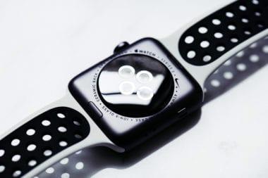 Nike Lab Apple Watch 05 380x253 - Apple Watch budú možno už čoskoro merať hladinu cukru v krvi, umožniť by to mali smart náramky