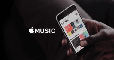apple music for you hand 380x200 - Jak si stáhnout veškerou Apple Music několika kliknutími