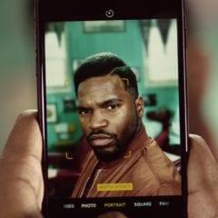 barbers iphone 7 plus ad 240x240 - Apple zdieľal novú reklamu na iPhone 7 Plus a jeho Portrait Mode