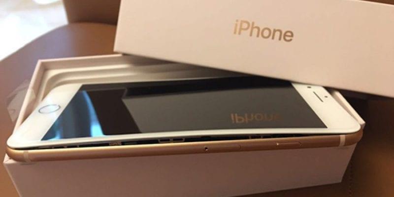 Otevřený iPhone 8 Plus Čína 800x400 - Objevil se další problémový iPhone 8 Plus, tentokrát v Číně