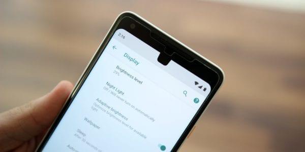 android p dp1 notch simulate 9to5google 600x300 - Google predstavil Android P, prináša podporu pre výrezy podobné iPhonu X