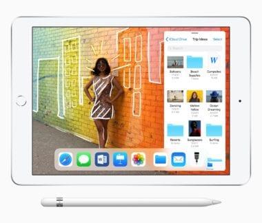 "iPad 9 7 inch Pencil Slider 32718 380x324 - Apple predstavil lacný 9,7"" iPad s podporou Apple Pencil"