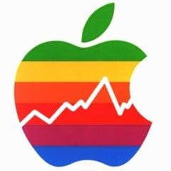 Apple finanční výsledky 240x240 - Apple potvrdil, že predaje iPhonu sú nedostatočné a mení kvartálne očakávania