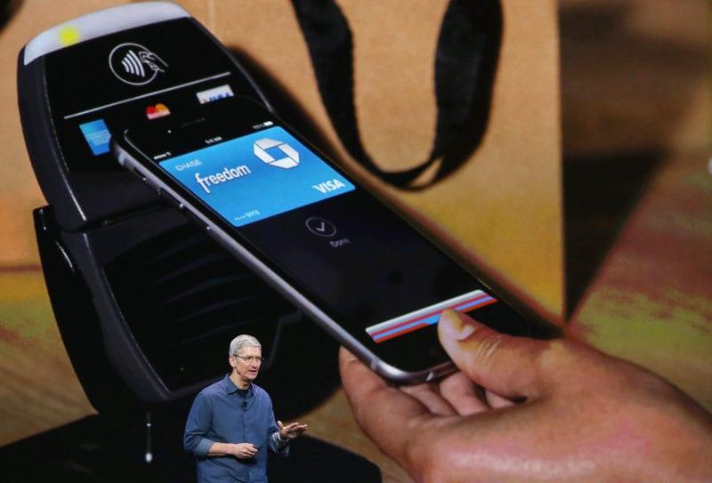 apple pay tim cook keynote 800x543 - Apple Pay vstúpi do Nemecka ešte tento rok