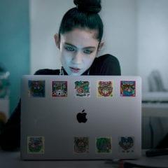 behind the mac grimes 240x240 - Behind the Mac: pozrite si sériu inšpiratívnych reklám