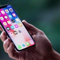 OLED Displays in iPhones 240x240 - iPhony jsou rok od roku tlustší, to se ale možná příštím rokem změní