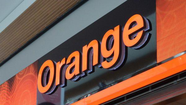 orange predajna 600x338 - Update: Orange spúšťa podporu pre eSIM, zatiaľ len pre hodinky od Samsungu