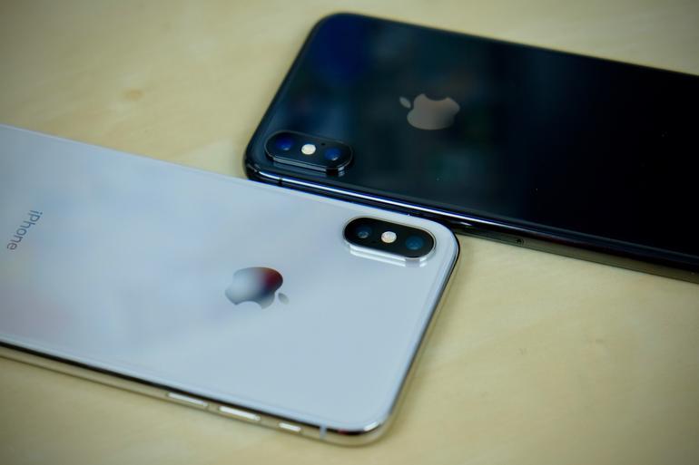 iphone x x2 - Repasované iPhony X jsou nyní dostupné na webu Applu od 769$