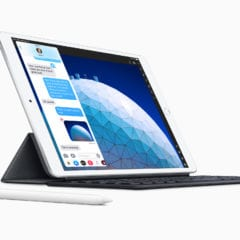 """New iPad Air smart keyboard with apple pencil 03192019 240x240 - Apple predstavil nový iPad Air s 10,5"""" True Tone displejom, A12 čipom a Apple Pencil"""