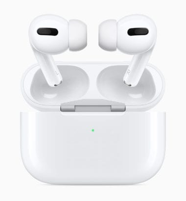 "Apple AirPods Pro New Design case and airpods pro 102819 380x410 - Apple by mal pracovať na ""AirPod Pro Lite"""