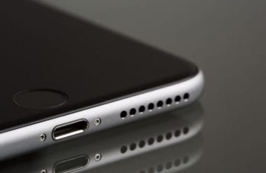 cover macblog 1636 380x247 - iPhone 12 Pro s 6GB RAM a SE2 začne produkciu vo februári