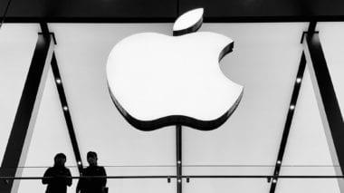 cover 1 380x213 - Polovica Apple Store pobočiek v Číne už funguje – aj napriek epidémii