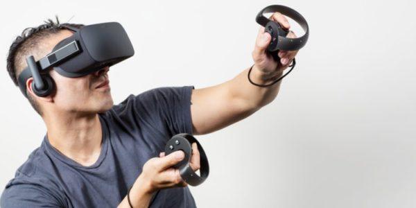 """5cb0d4ee89df3d545408b762 750 375 600x300 - """"Veľký brat ťa vidí"""": Ovládače Oculus Touch ukrývajú konšpiračné texty"""
