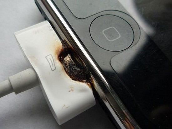 Apple žaluje výrobcov príslušenstva pre iPod ad55d0b0671