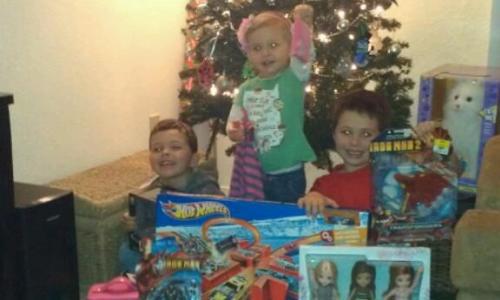 lacounty-kids-presents