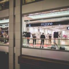 12079887 897175823653566 2184110791243863275 o 240x240 - Polnočný predaj iPhone 6s: Na začiatok predaja čakalo 250 ľudí