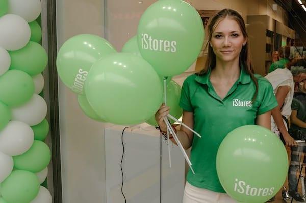 """istore 44 600x397 - """"Oslávme spolu šiestu predajňu iStores na Slovensku!"""""""