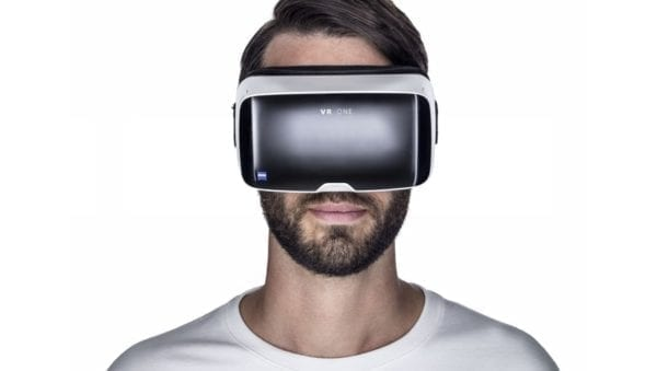 002_virtual_reality_headset_zeiss_vr_one