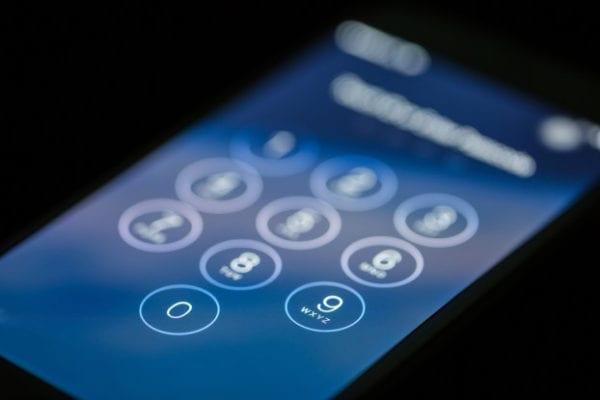 Apple-Vs.-the-FBI-The-War-on-Privacy-622x415