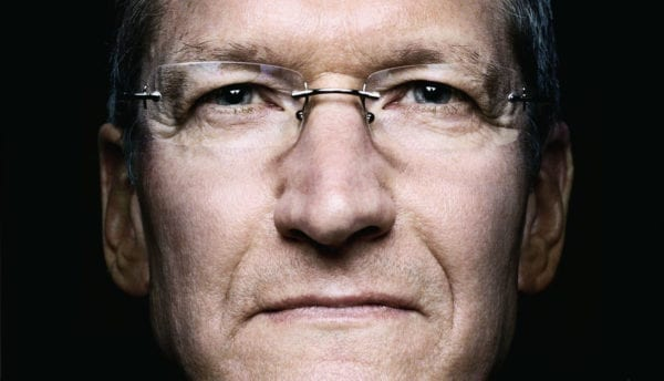 tim cook cloesup 600x344 - Génius, ktorý posunul Apple na vyššiu úroveň: Životopis Tima Cooka vychádza budúci týždeň