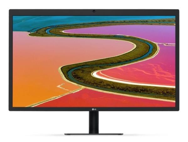 lg 5k ultrafine 27 600x455 - LG u svých UltraFine monitorů opravilo problém se špatným signálem v blízkosti Wi-Fi routerů