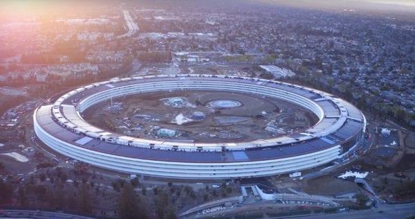 Apple Park 600x316 - Jony Ive se rozpovídal vrozhovoru pro The Wall Street Journal ohledně Apple Parku