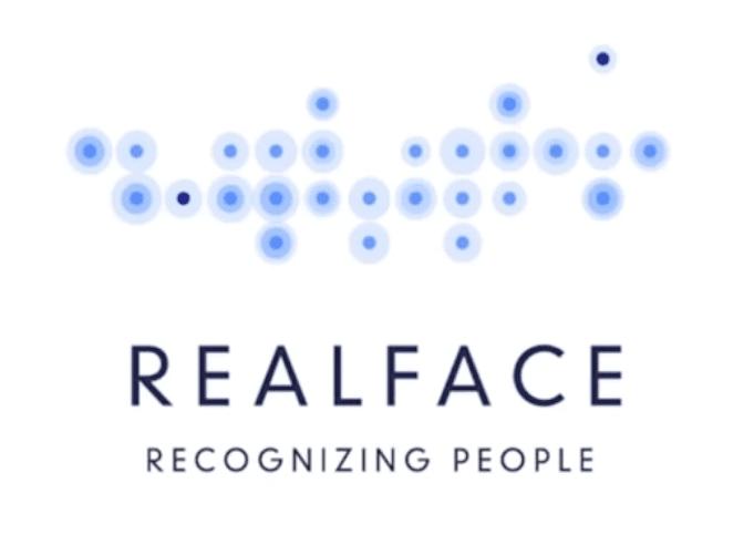 Realface - iPhone 8: Co všechno přinese co se týče designu?