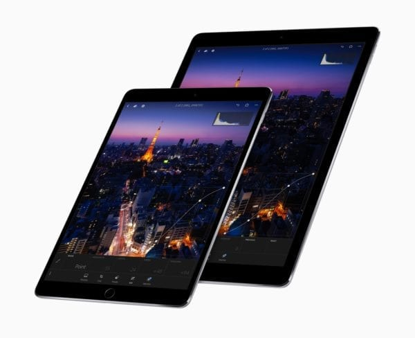 ipad pro family black 600x488 - iPhone X a iPad Pro získali cenu za najlepší displej roka