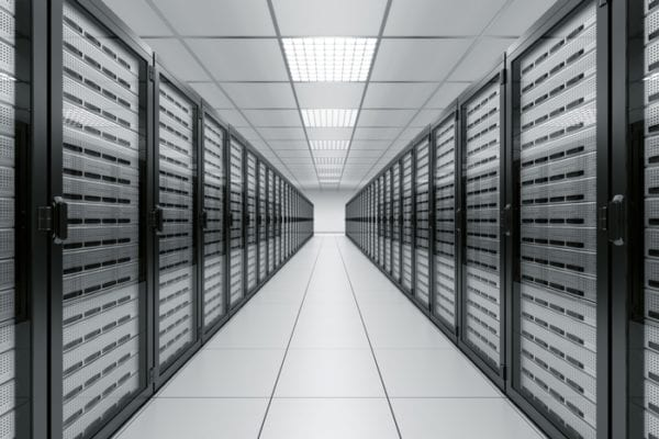 apple data center inside 600x400 - Apple plánuje už druhé dátové centrum v Dánsku