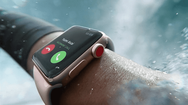 Apple Watch series 3 920x514 600x335 - Apple Watch Series 3 trpia novou závadou displeja