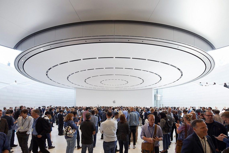 Apple foto 2 - Apple sdílel své vlastní fotky ze včerejšího Apple Special Eventu