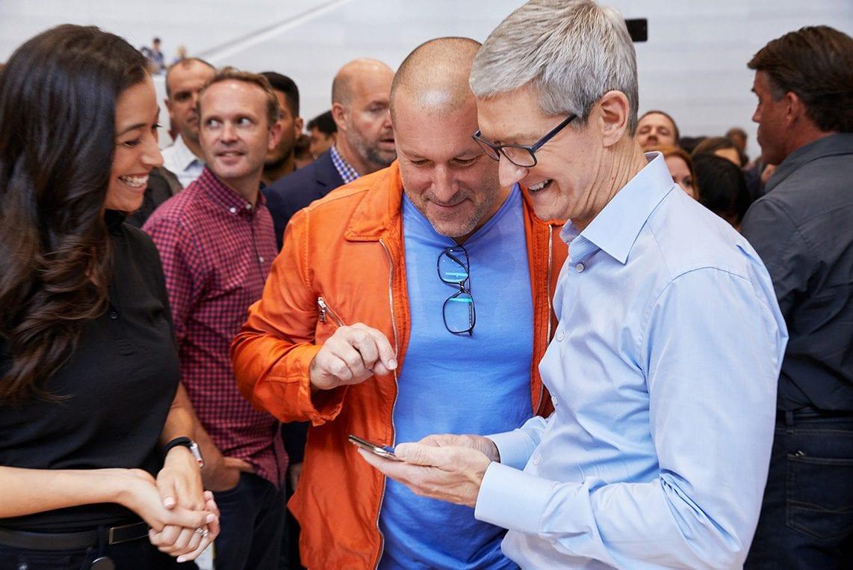 Apple foto 3 - Apple sdílel své vlastní fotky ze včerejšího Apple Special Eventu